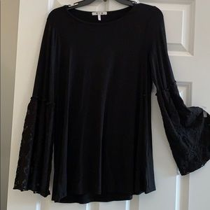 3 Dots Tunic with lace bell sleeves